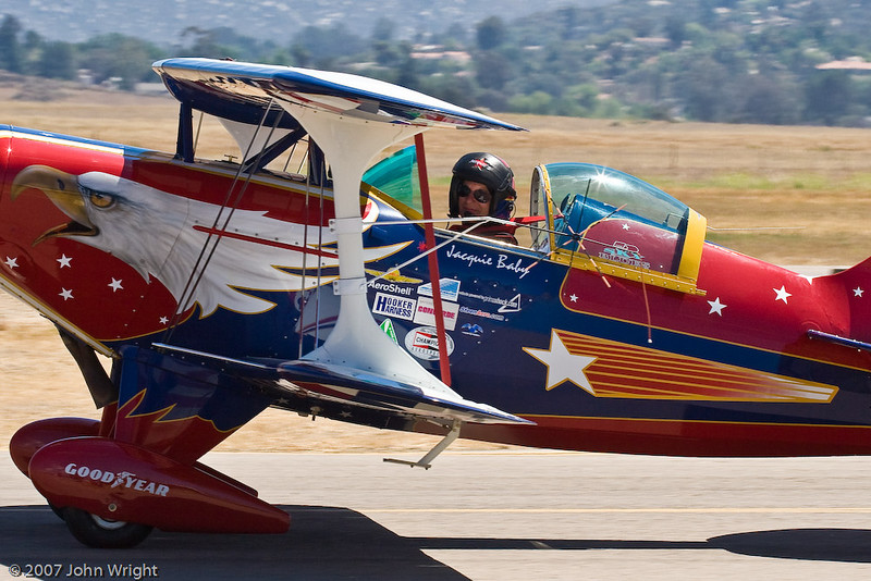 IMAGE: http://johnwright.smugmug.com/Aviation/Civilian-Airshows/Ramona-Airshow-2007/IMG8769/168117837_cejaG-L.jpg